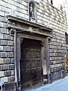 palazzo-di-diomede-carafa