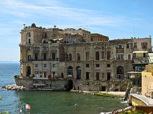 NAPOLI VISTA DAL MARE – Cose di Napoli