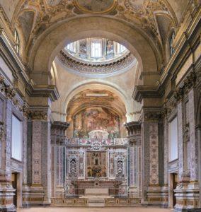 chiesa-donnaregina-nuova-altare