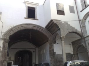 palazzo_diomede_carafa_%28napoli%293