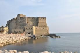 castel ovo 3