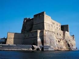 castel ovo 9